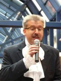Moderator Norbi Wohlan