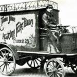 Historisches Bildmaterial - Lieferauto von Theodor Hübner von fleurop