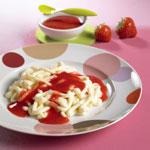 Quarkspaghetti mit Erdbeercreme - Foto: djd/Exquisa