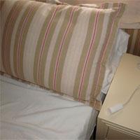 Jedes Apartement verfügt über ein Notrufsystem - Foto: CareTour