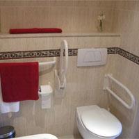 Seniorengerechte Badezimmer - Foto: CareTour
