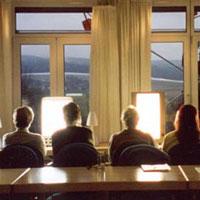 Lichttherapie gegen den Winterschlaf im Kopf - Foto: obx-news