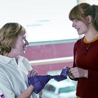 Medizinische Kompressionsstrümpfe sind die Basistherapie bei Venenleiden - Foto: djd/medi