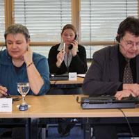 Expertenrunde -  Foto: djd/Ergo Direkt Versicherungen