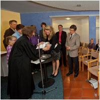 Taufe von Linus Eliah im Dietrich-Bonhoeffer-Haus - Foto: Johanneswerk