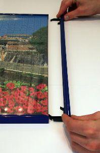 Der neuartige Bilderrahmen erleichtert das Puzzeln Foto: AllesRahmen.de