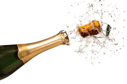 Korken knallen beim Champagner | Foto: istockphoto.com/kone