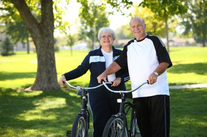 Gesunder Fitmacher für Senioren: Radfahren | Foto: istockphoto.com/morganl